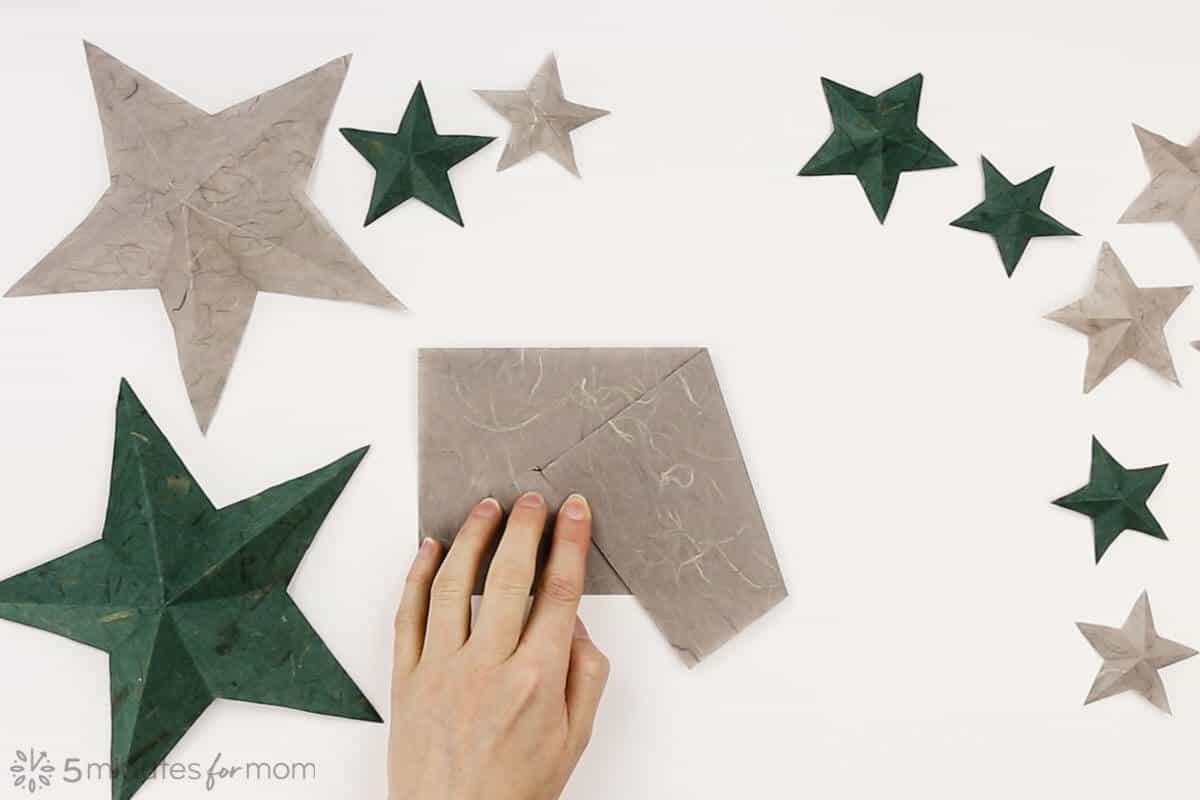 How to fold a paper star - step by step instructions