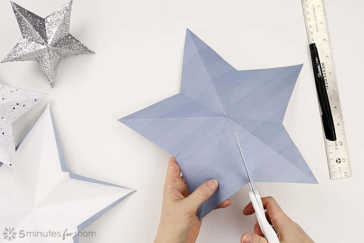 3D Paper Star Christmas Tree Topper Tutorial