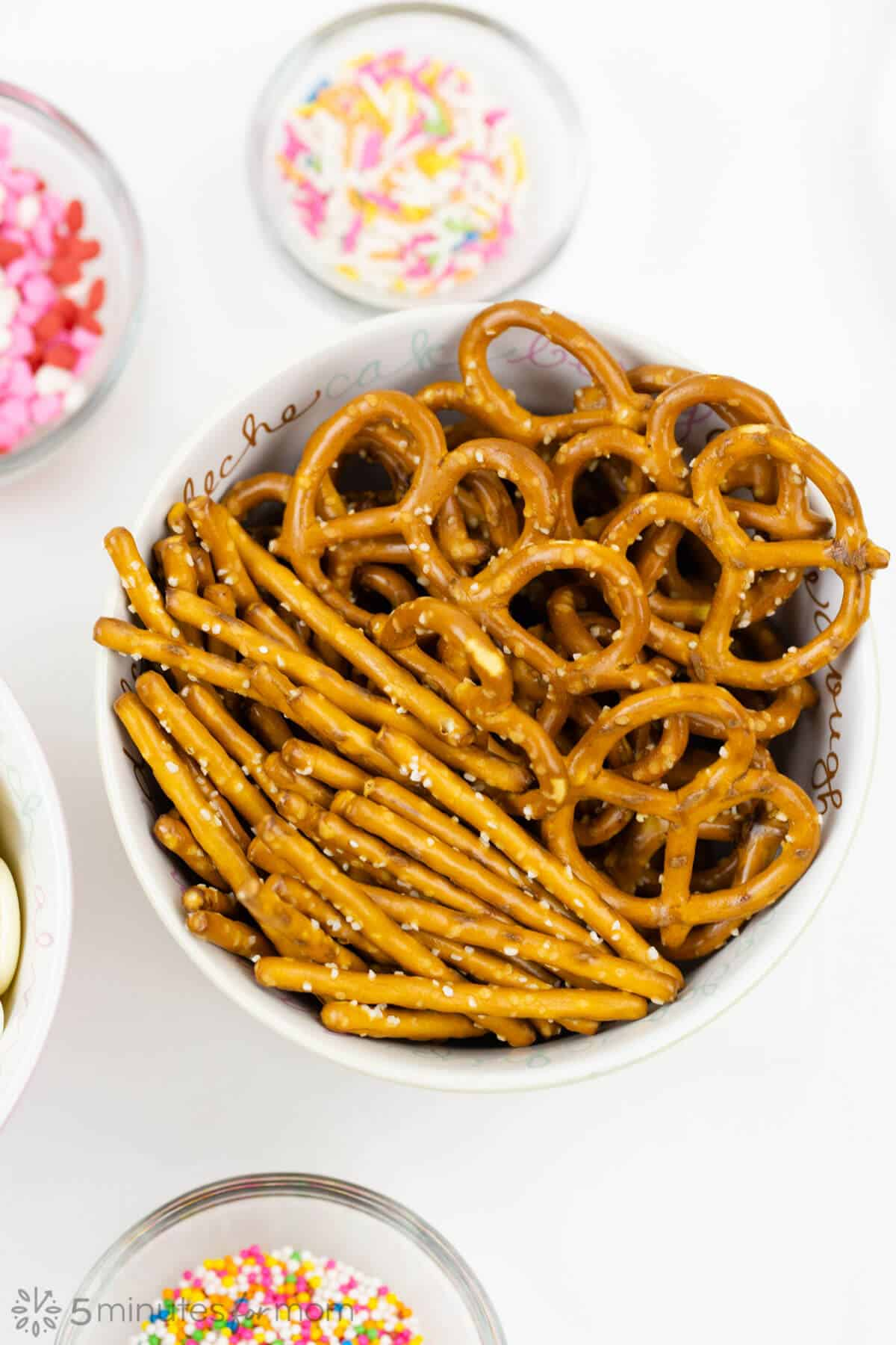 how to make dipped pretzels